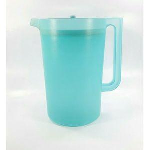 Vintage Tupperware Turquoise 1 Gallon Pitcher